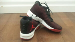 Youth Basketball Shoes - Jordans - Size 7