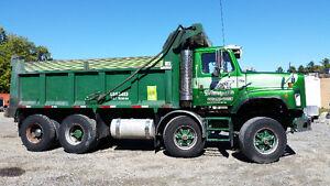 12 Roues Dompeur / 12 Wheeler Dump truck Gatineau Ottawa / Gatineau Area image 1
