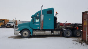 Freightliner Columbia Truck Tractor 6CYL