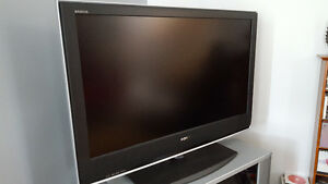 """40"""" Sony Bravia LCD HD TV & Silver Stand w/ Glass Doors"""