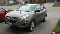 2013 Hyundai Tucson GL AWD...low kms.