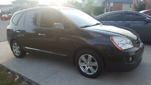 2009 Kia Rondo EX Hatchback Bluetooth Windsor Region Ontario image 7