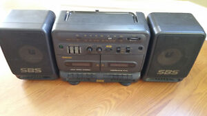 PORTABLE RADIO/TWIN TAPE PLAYER RARE VINTAGE SAMSUNG PD-650C West Island Greater Montréal image 2
