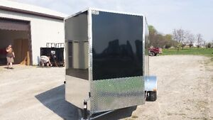 6x10' vnose toy hauler 13' of interior space