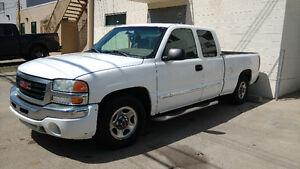2003 GMC Sierra 1500 SLE Pickup Truck