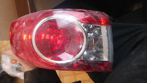 COROLLA 2011 2012 2013 LUMIERE GAUCHE OEM LEFT TAIL LIGHT
