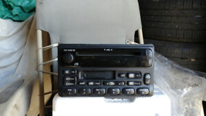 2001 ford mustang cd and tape deck