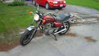 1981 Honda CB400T - MINT AND SAFETIED!  GREAT BIKE!
