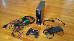 Xbox 360 with Skyrim, controller and headset