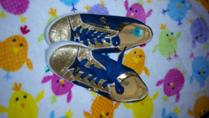 Girls Size 4 Michael Kors Sneakers