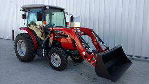 2014 Massey Ferguson MF1736 with Loader and Blower.