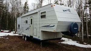 Roulotte 28,5 pieds fifth wheel 2003 marque Jayco
