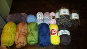 Selling a big lot of yarn - mixed types. Pls see both pictures.