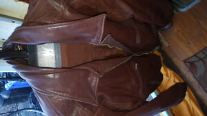 Leather jacket mens xl thick leather bomber style  good shape