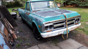 1971 GMC PROJECT TRUCK AND 1968 CAB & FRONT CLIP