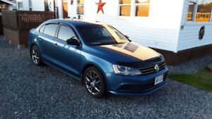 "2015 Volkswagen Jetta  94k KM on ""17"" LAGUNA wheels"