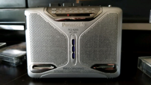 Panasonic RQ-A200 AM/FM Personal Stereo w/Built In Speakers!!!