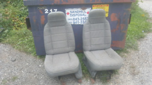 Jeep Cherokee Seats