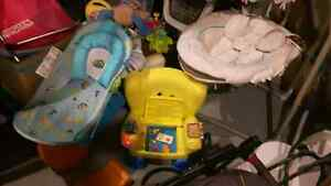 Tons of excellent condition baby stuff  London Ontario image 5