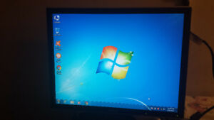 """19"""" LCD Computer Monitor for Sale"""