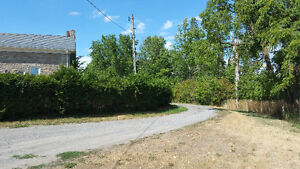 Spacious Duplex Country Home for Rent Near Belleville