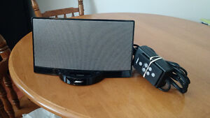 Bose SoundDock in excellent condition with remote