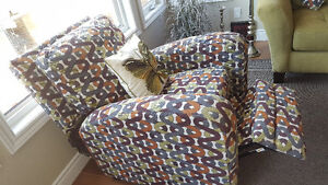 Combination of comfort and style!! Kingston Kingston Area image 3