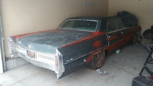 1965 Cadillac Sedan DeVille - Family in serious need of money