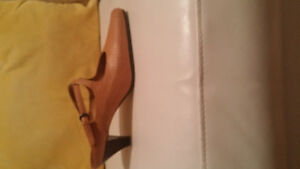Ladies Brown Leather Shoes