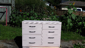 8 Drawer Dresser and Solid Mirror London Ontario image 2