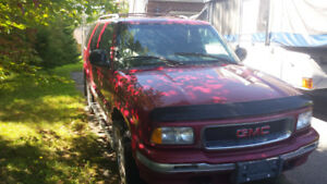 1996 GMC Jimmy SLE  4x4 Part or Repair $1000.00 or nearest offer