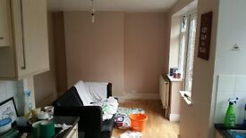 Norwich, 2 bed ground floor flat with Garden and Parking. Angel Road.