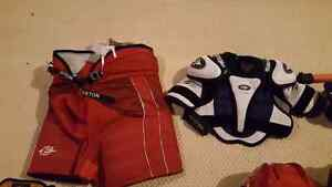 For sale hockey equipment in great condition!! Kitchener / Waterloo Kitchener Area image 5