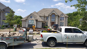 Lawn Care / Grass Cutting / Lawn Maintenance / Fall Clean Up London Ontario image 2