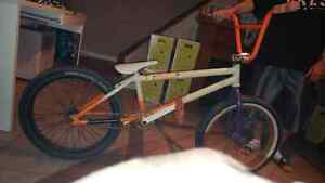 Bmx a vendre all custom