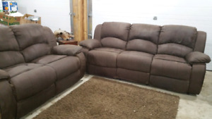 Free delivery. Power reclining set