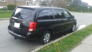 2012 Dodge Grand Caravan, Very Clean! $8600 OBO
