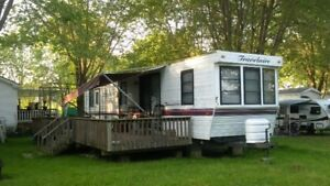 35' Travelaire - in excellent condition - a home away from home!