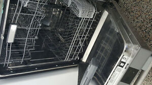 LAVE VAISELLE FRIGIDAIRE STAINLESS  1