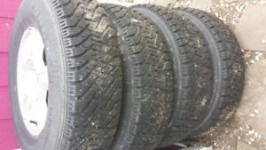 P235 75r 15 Ford Escape Tires on Rims. Goodyear Nordic 90% new