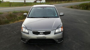 2010 Kia Rio Hatchback !!LOW LOW KMS!!!!!PRICE REDUCED!!!!!