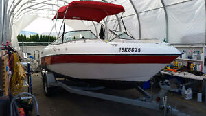 20 ft Four Winns bowrider low hours