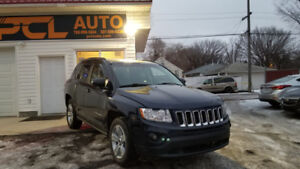 2013 Jeep Compass North I LOW KMS I 4X4 I 3 MONTH WARRANTY!!