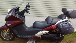 GROS SCOOTER HONDA SILVER WING 600