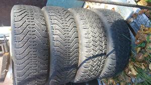 4 pneu hiver 205/65/15