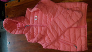 Outbound puffed jacket with hood