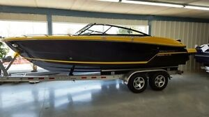 2016 Monterey Boats 218SS Bowrider with Trailer