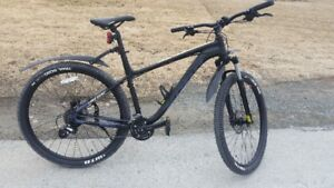 Price  reduction----Kona 29er with accessories