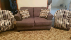 Like new loveseat and 2 matching tub chairs