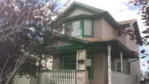 2 story House in hidden valley for rent